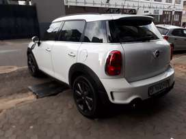 Mini Cooper S R 16.5000 Negotiable