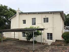 1 bedroom flat for rent - 500m from Rhodes in Grahamstown