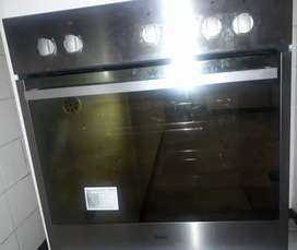 Whirlpool stove with extractor an oven