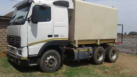 Volvo Water Tank Truck for construction is Sale