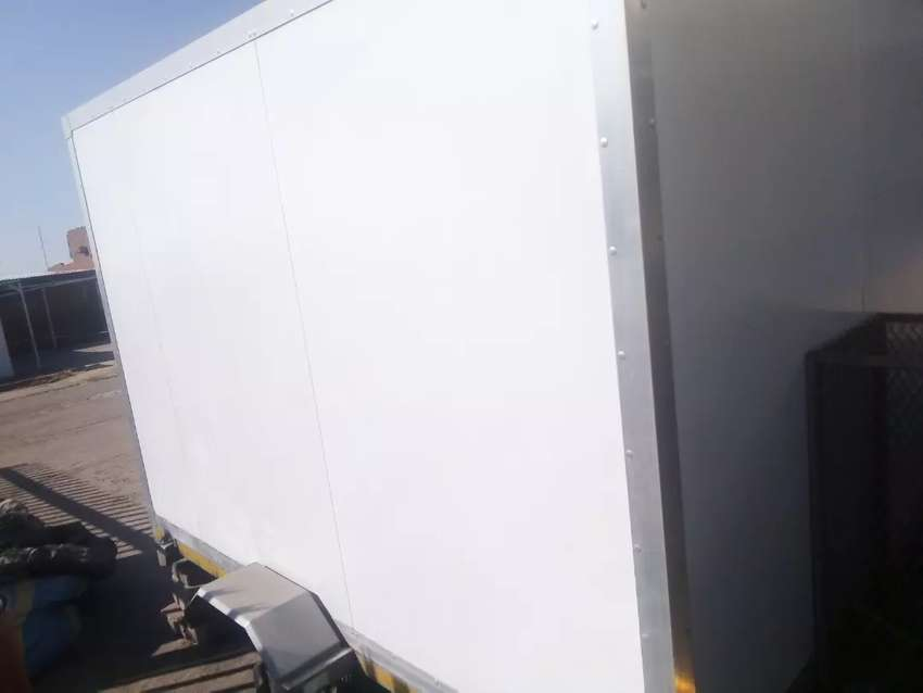 3 Meter mobile kitchen container 0