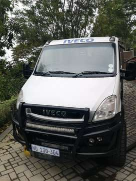 Iveco Daily Crew Cab 4x4 Truck with custom made removable Caravan