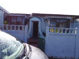 Neat and tidy house in Lentegeur,Mitchell's Plain for sale