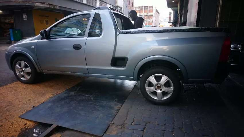 Opel corsa Bakie at low price