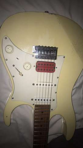 Looking for electric guitars of any condition
