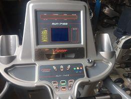 Bieżnia profesjonalna do biegania RUNNER RUN - 7403 0,1 do 25 km / h