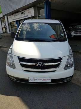 Hyundai H1 2.4D 9 steater