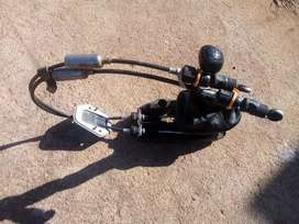 Gear linkage cables and gear lever for a Chevrolet spack 2012