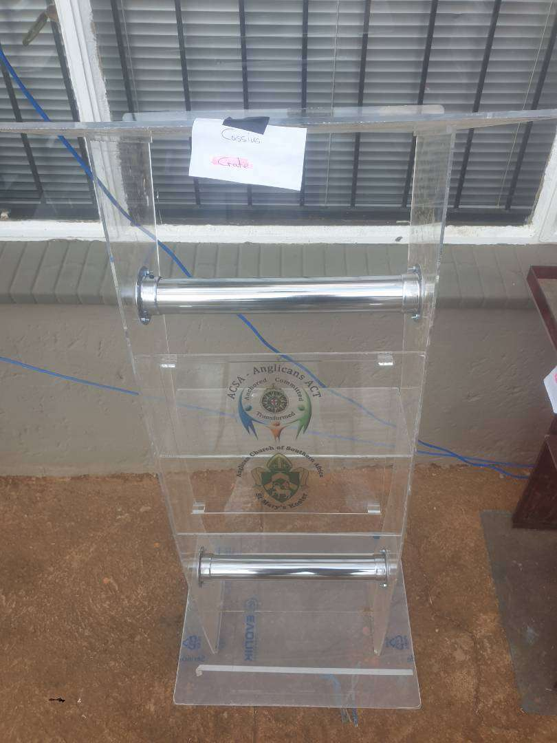 Affordable Cheap Lecterns, Podiums