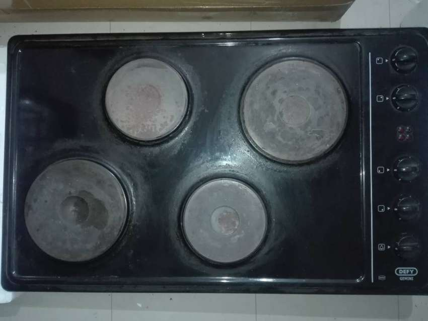 Defy oven,hob and extractor