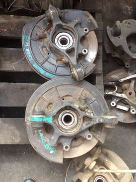Land Rover Dicovery 3 2.7 TDI rear hubs for sale
