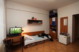Подселение в комнату (койко место) м. Берестейская