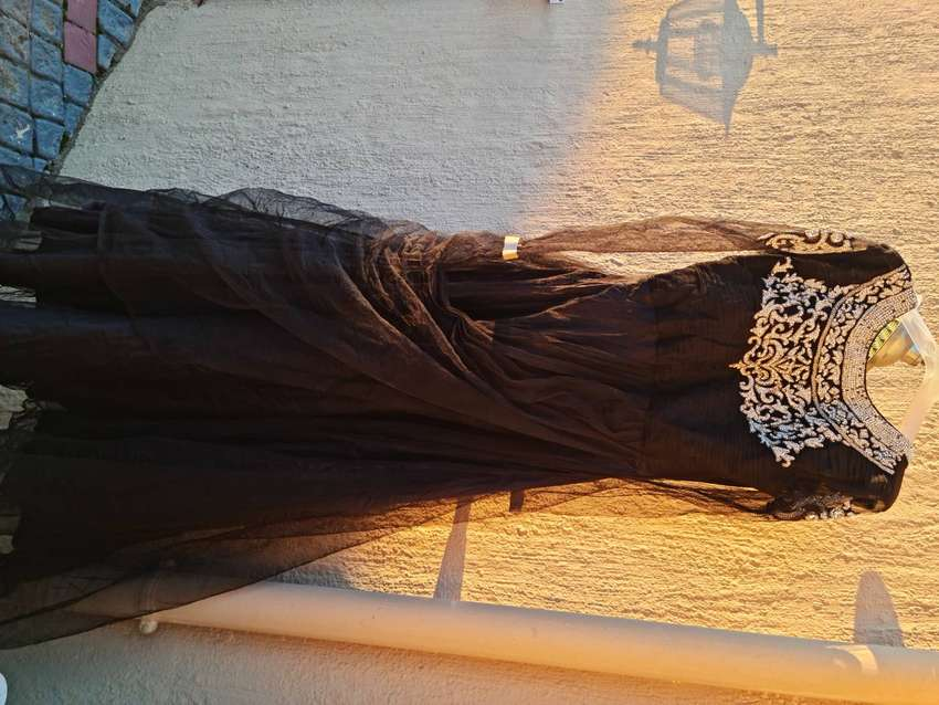 Party gown for sale 0