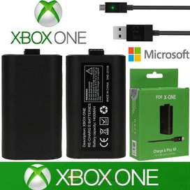 Xbox charging kit and batteries