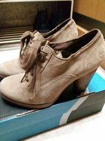 Продам туфли р.36