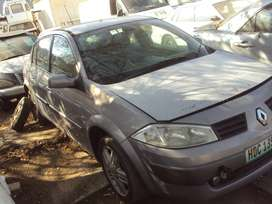 RE40- Renault Megane 1.9 DCI Stripping for