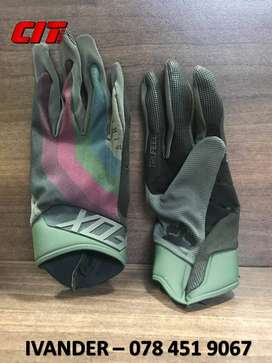 TEAM CIT FOX AIRLINE DRAFTER CHARCOAL GLOVES