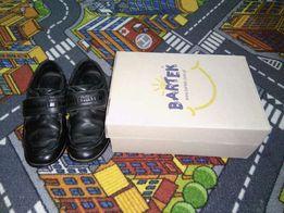 Туфли Бартек 33 размер