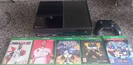 Xbox one 500g including 5games 1 controller