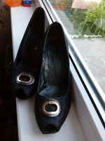 Кожаные туфли 39р