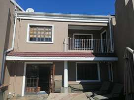 lovely 2,5 bedroom apartment on the shores of the vaal river in Vereen