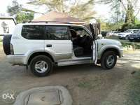 Very clean toyota prado 95 series cc 150,120,amazon,rav 4 0
