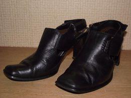 Туфли (босоножки) кожа натур. 37 размер носок закрытый каблук 7 см