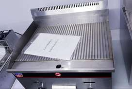 FLAT TOP GRIDDLES FOR SALE – ELECTRIC GRIDDLE – GAS GRILL ON SALE