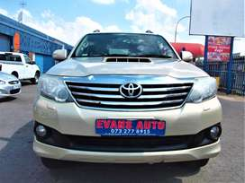 2012 TOYOTA FORTUNER 3.O D4D 4x4 AUTOMATIC