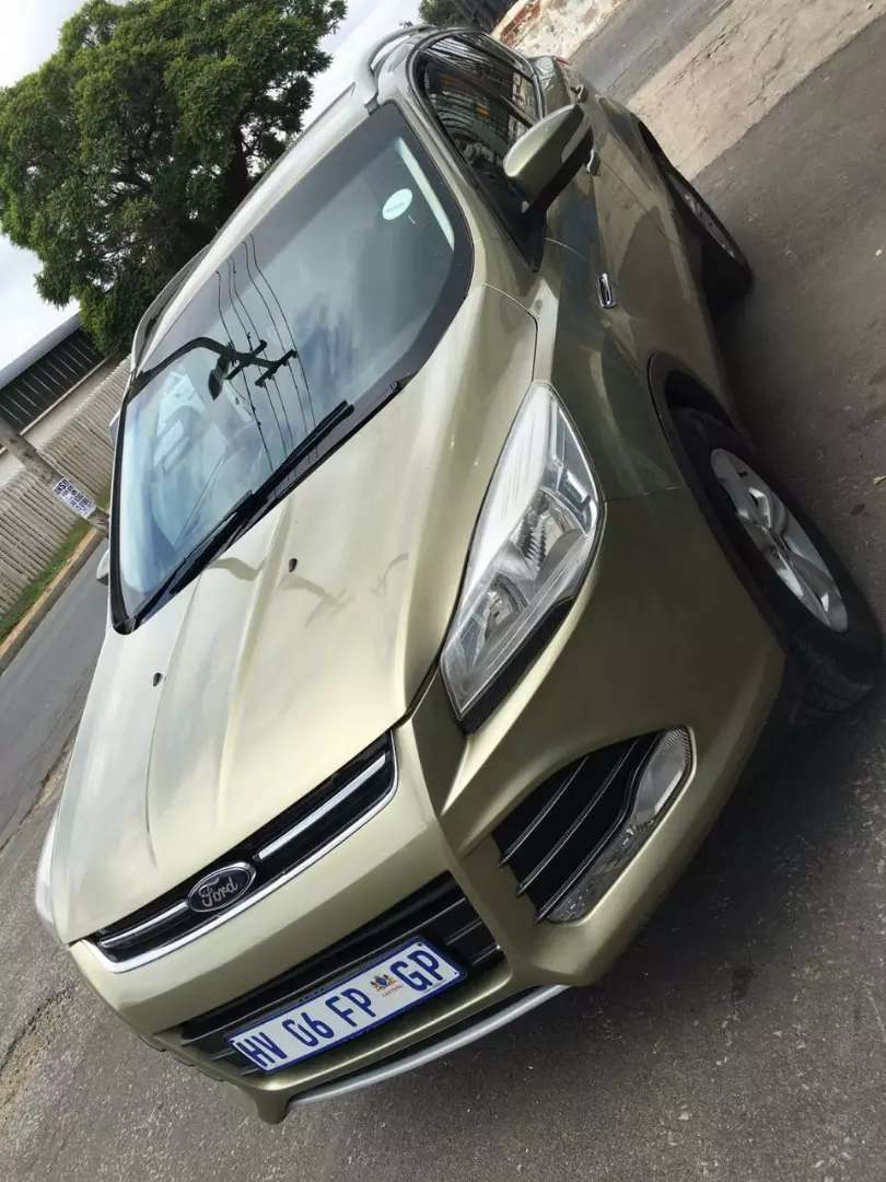 Neatly used 2014 Ford Kuga For Sale 0