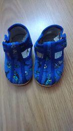 Тапочки кеды кроссовки