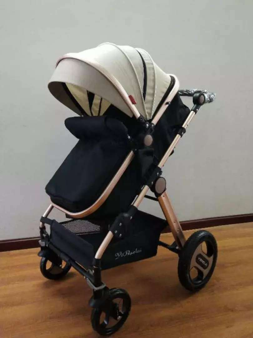 STROLLERS AND PRAMZ 0