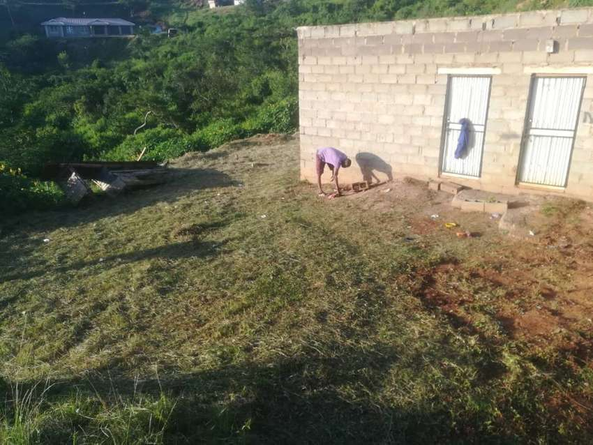 2 room house with toilet inside R1200 Rent /90000 if u buy 0