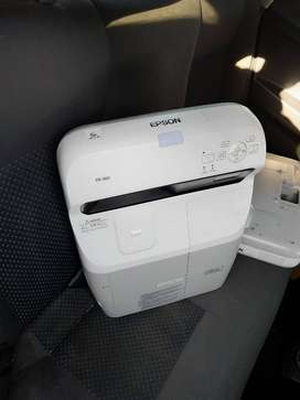 Epson EB-460 Ultra Short Throw Projector for Sale
