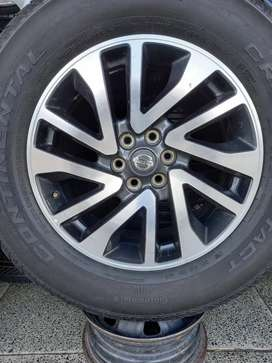 18inch Genuine Nissan Navara mag rims without Tyres×4