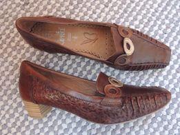 Caprice,Германия,кожаные женские туфли,туфли на небольшом каблучке