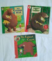 Детские книги, серия про медведя и мальчика (английский язык)