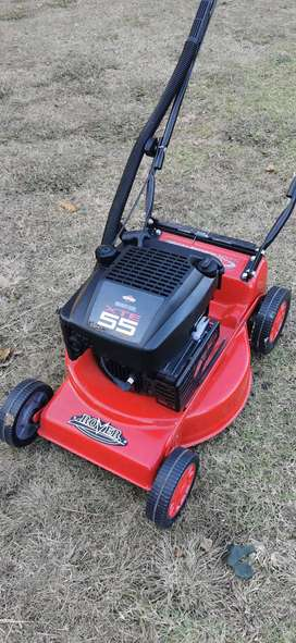 New Lawnmowers Briggs and Stratton 160CC