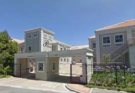 102m² Office To Let in Pinelands