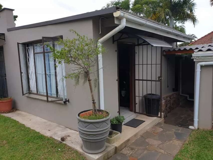 Granny Cottage to rent 0