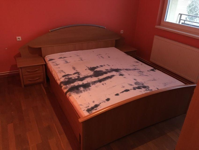 Manželská postel+ noční sotolky 0