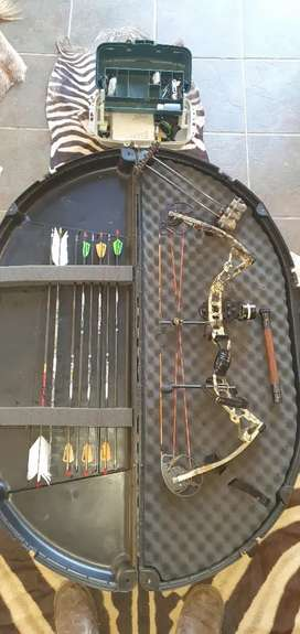 Bowtech Fuel LH Compound bow