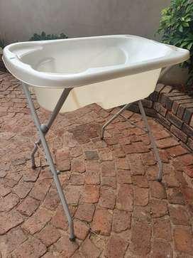 Second hand Pearl White Baby Bath with stand for sale