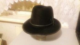 Шляпа женская фетровая.