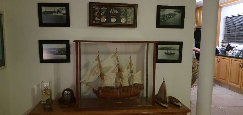 Mauritian Hand-crafted Model Ship 0