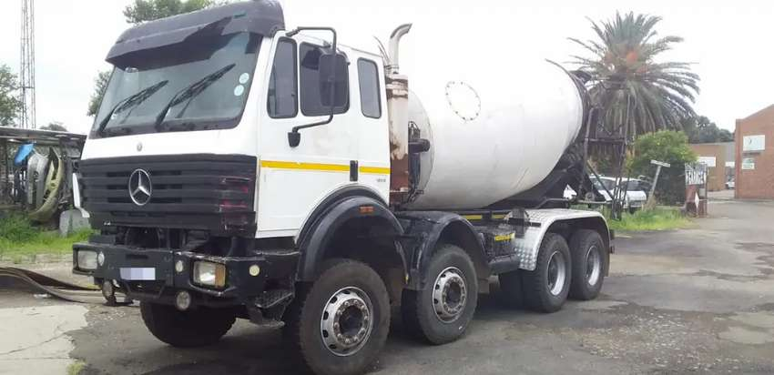 Mercedes Benz Twin steer Concrete Mixer