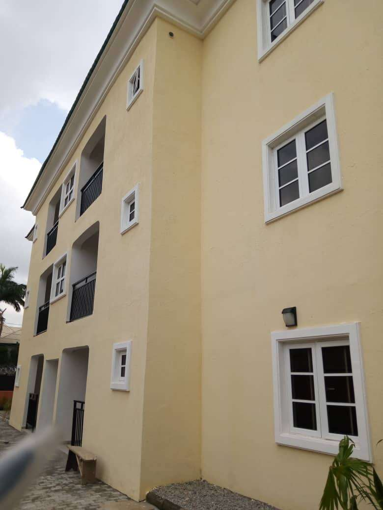 Tastefully Finished 6units of 3bedroom Block of flats for Rent 0