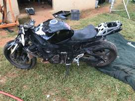 k7 Suzuki gsxr 750 stripping for spares