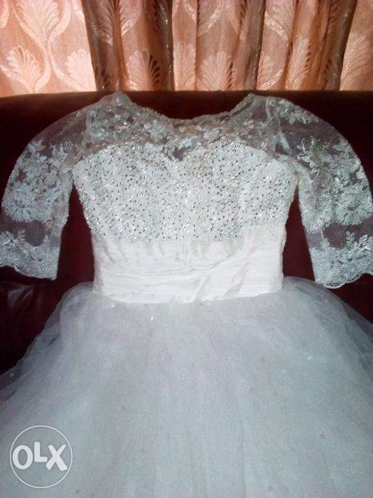 Elegant Wedding White Ball Gown 0
