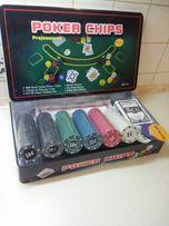 Набор для игры в Покер 300 фишек в металлическом кейсе